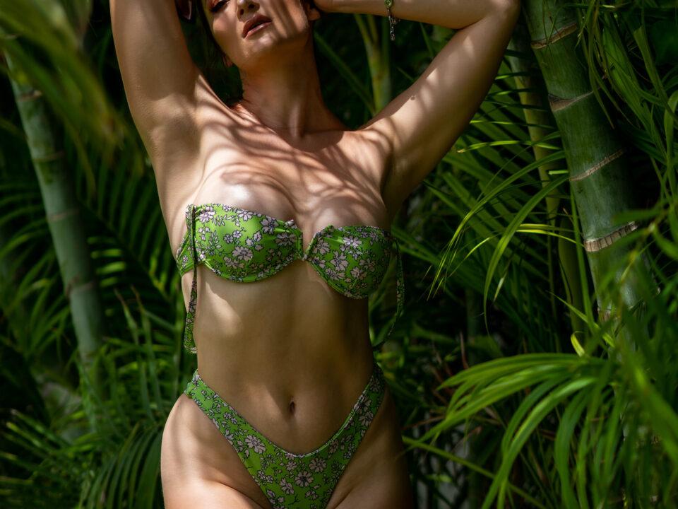 Holly-Wolf-Green-Bikini-Jamaica
